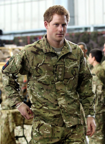 Prince+Harry+Prince+Harry+Uniform+uhOvVIiKg-zl